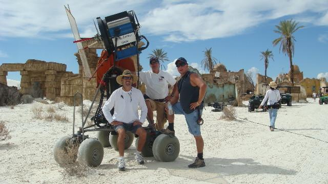 Unk., Mike Lyon, and Don D. Davidson with a BFL on a desert dolly, 2008 (Photo by the Bauman Crew)