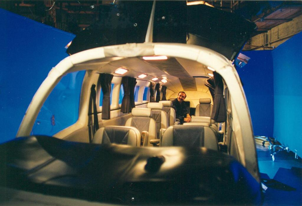 Peter Portizo CLT in plane with bluescreen, 1993 (Photo by Karen Weilacher)